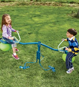 Spiro Hop Spinning-Seesaw-and-Hop-Ball-in-One