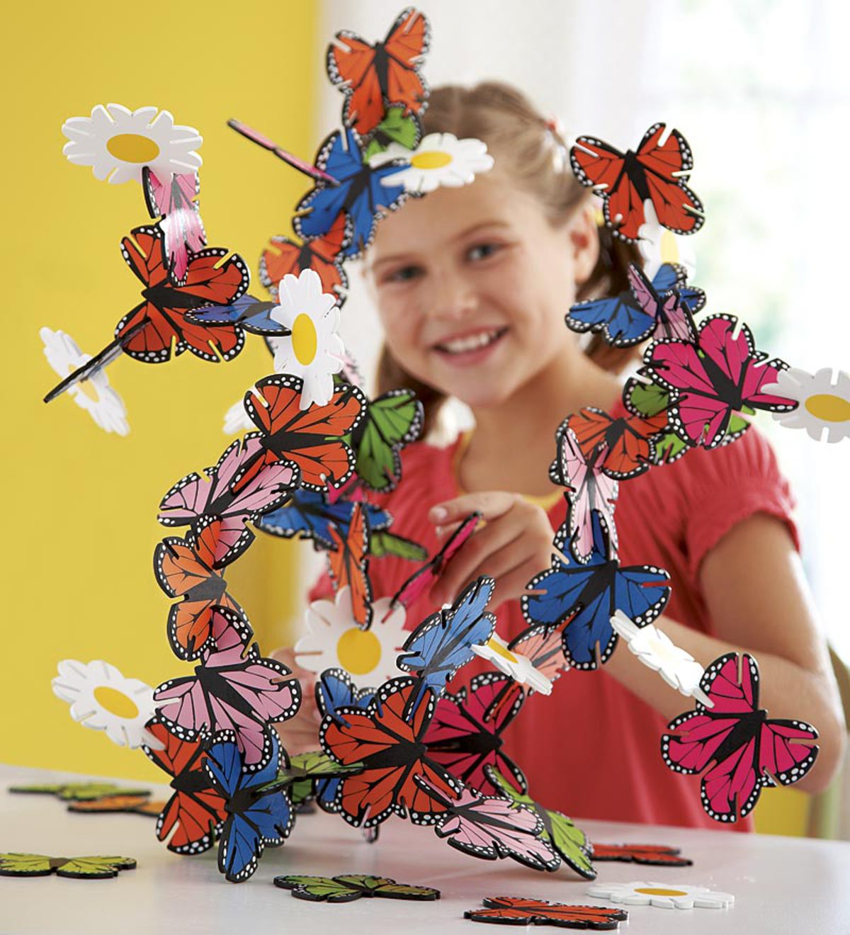 Connectagons® 62-Piece Butterflies and Flowers Creative Building Set