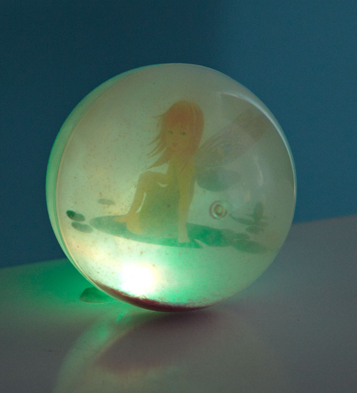 "4"" Diameter Indoor/Outside LED Light Mystery Fairy Ball"