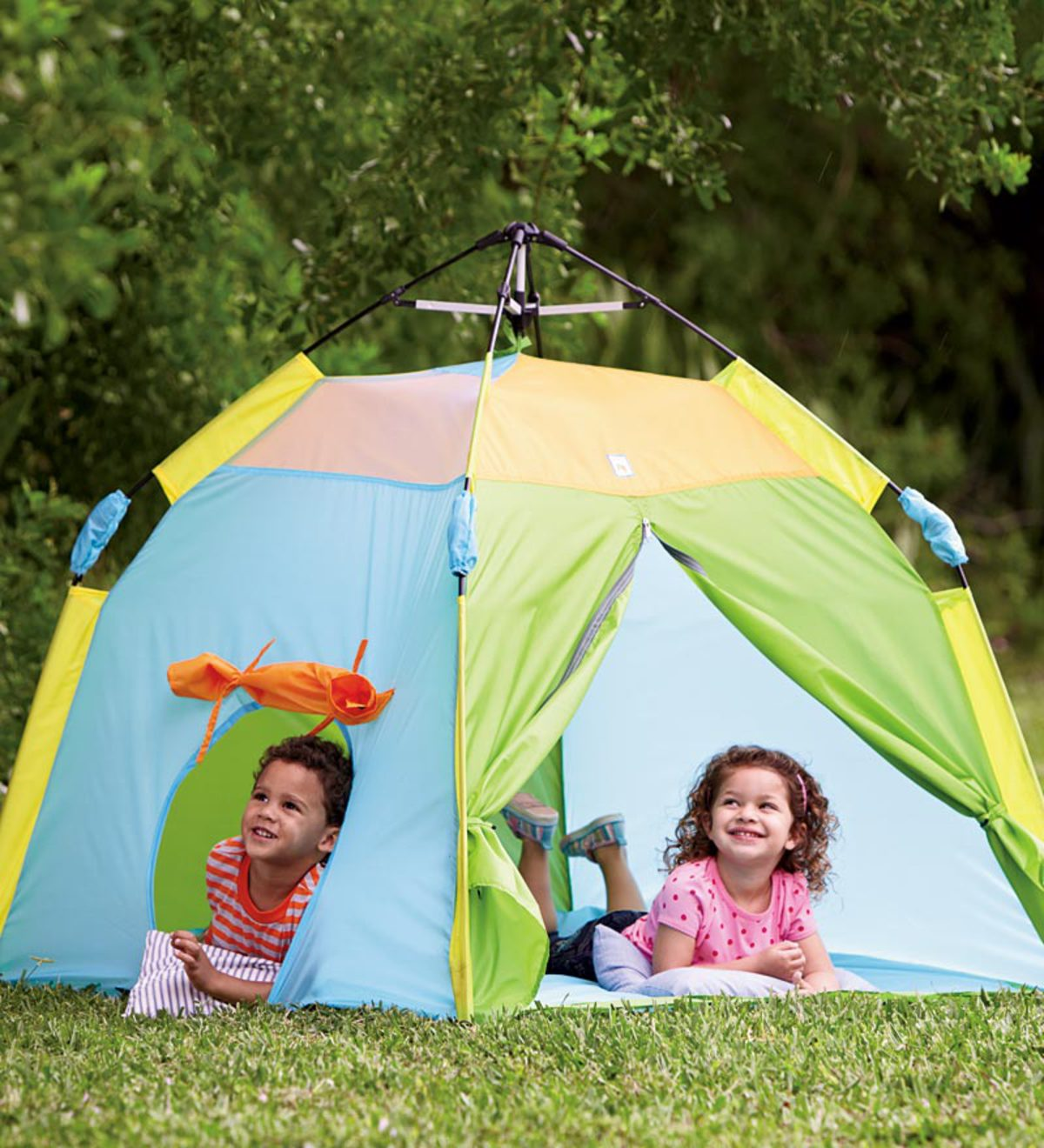 One Touch™ Play Tent