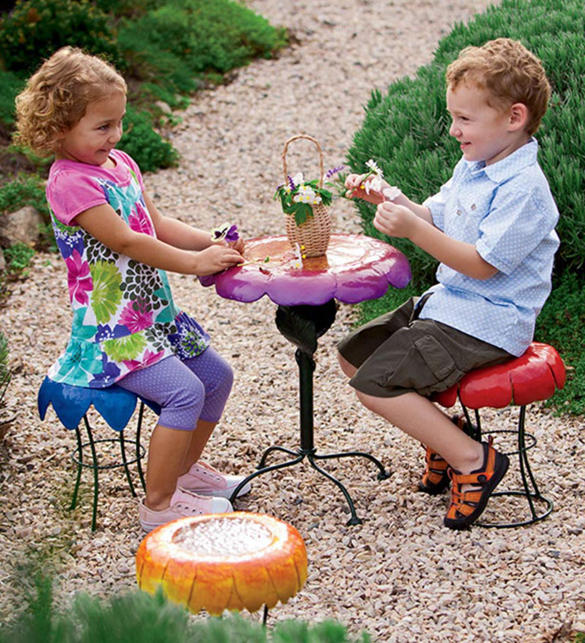 Weather-Resistant Powder-Coated Metal Peony Flower Garden Table