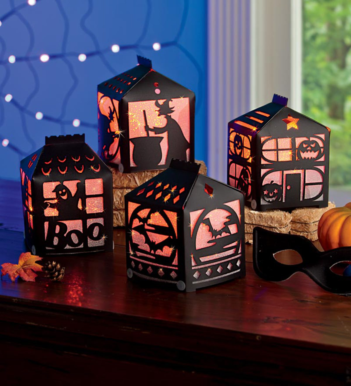 Set of 4 Light-Up Halloween Houses
