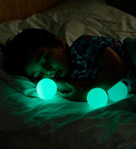 Glo Light Nightlight with Portable Glowing Balls