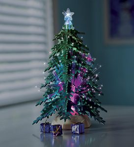 Twinkling Wooden Christmas Tree Kit