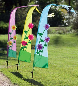 Light-Up Garden Flag