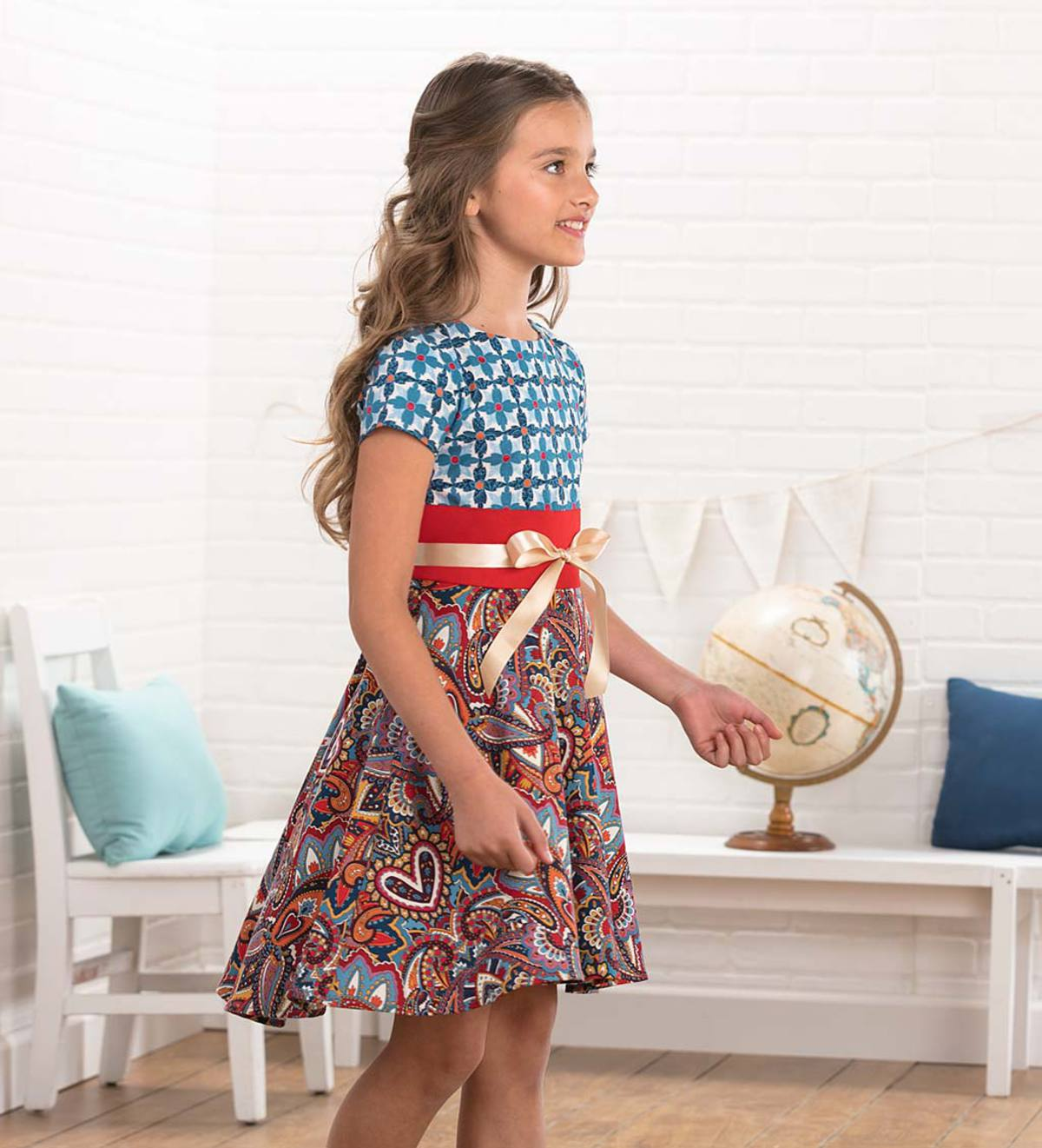Short-Sleeve Mixed-Fabric Dress with Ribbon Belt