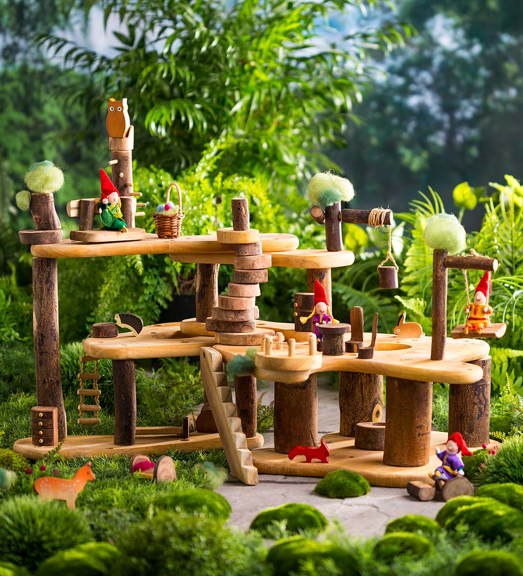 Tree Fort Kit with Furniture and Woodland Friends Dolls