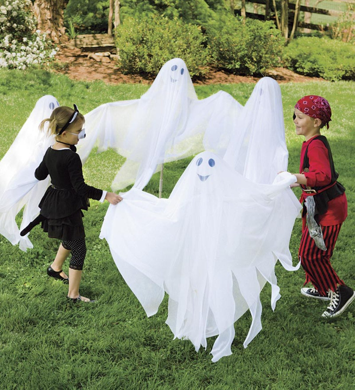 Garden Ghosts, set of 4