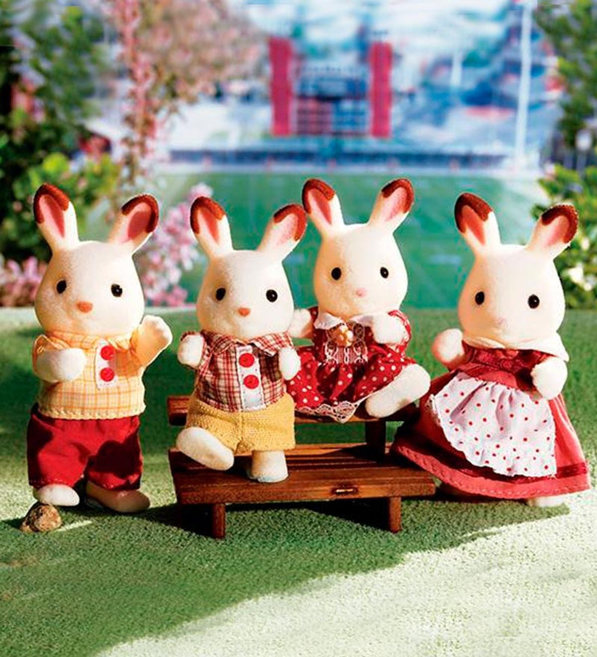 Calico Critters Hopscotch Rabbit Family Hearthsong