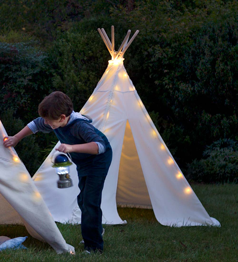 7' Cotton Canvas Indoor/Outdoor Tent with Tent Lights
