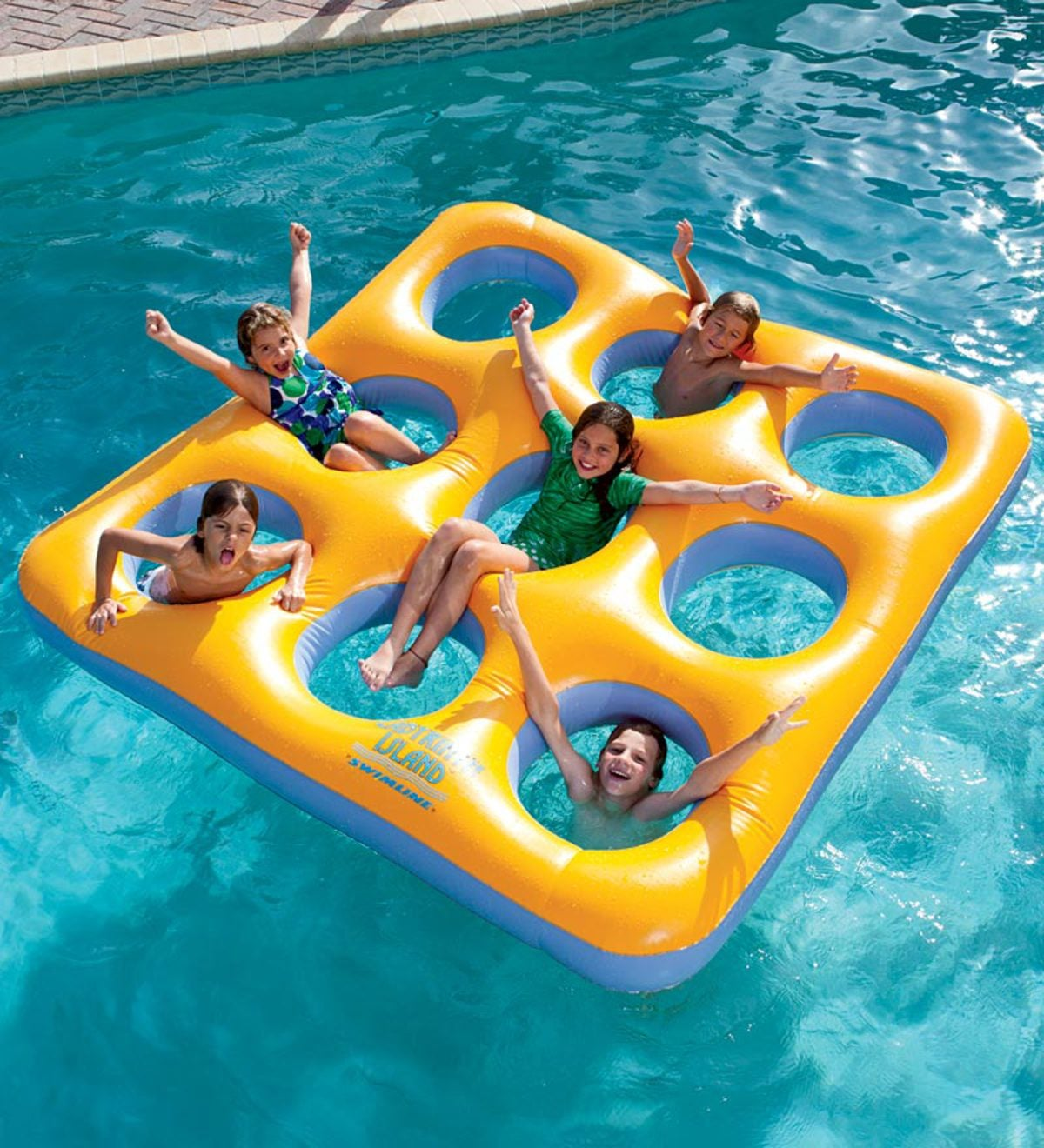 Inflatable Labyrinth Island Pool Float (80\') by Swimline ...